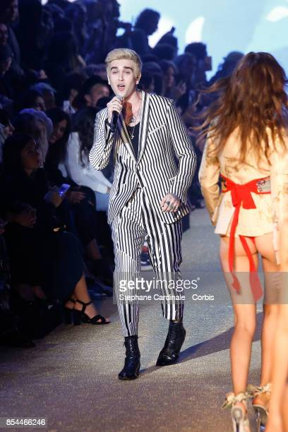 GabrielKane DayLewis performs during the Etam Spring Summer 2018 show as part of Paris Fashion Week at on September 26 2017 in Paris France
