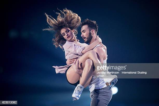 Gabriella Papadakis and Guillaume Cizeron of France perform during Gala Exhibition on day three of the Trophee de France ISU Grand Prix of Figure...