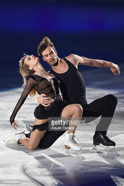Gabriella Papadakis and Guillaume Cizeron of France perform their routine in the exhibition on the day four of the ISU World Team Trophy at Yoyogi...