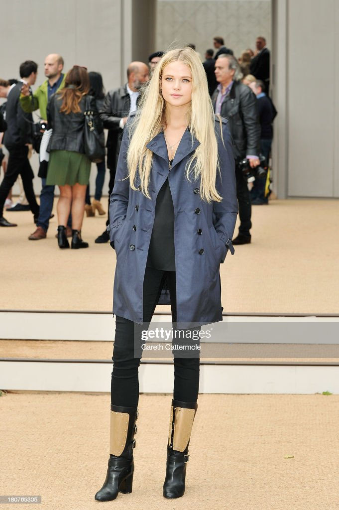 Gabriella Wilde arrives at Burberry Prorsum Womenswear Spring/Summer 2014 show during London Fashion Week at Kensington Gardens on September 16, 2013 in London, England.
