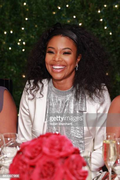 Gabrielle Union attends the Live Unforgettable Dinner Series at Waldorf Astoria Chicago on November 30 2017 in Chicago Illinois