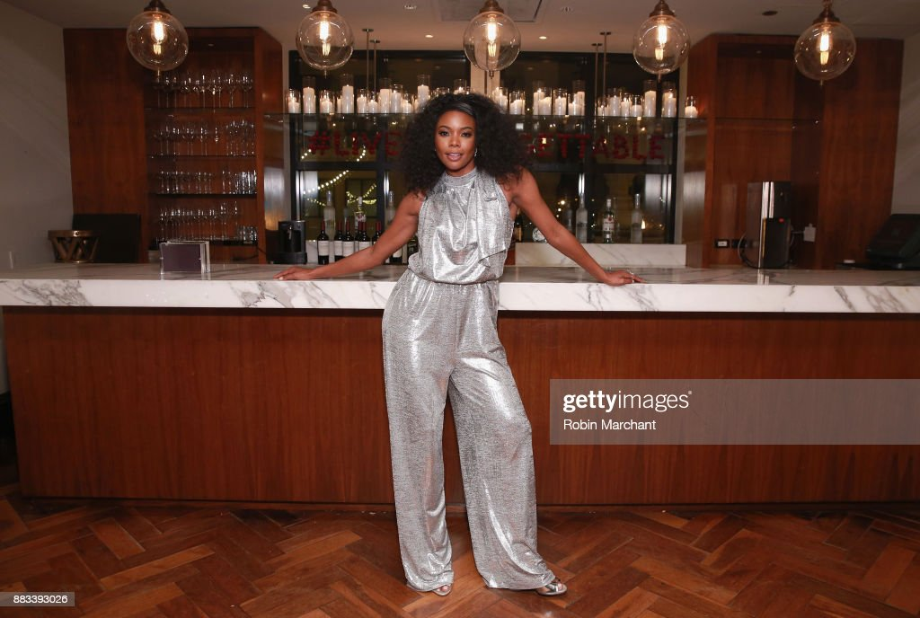 Gabrielle Union attends the Live Unforgettable Dinner Series at Waldorf Astoria Chicago on November 30, 2017 in Chicago, Illinois.