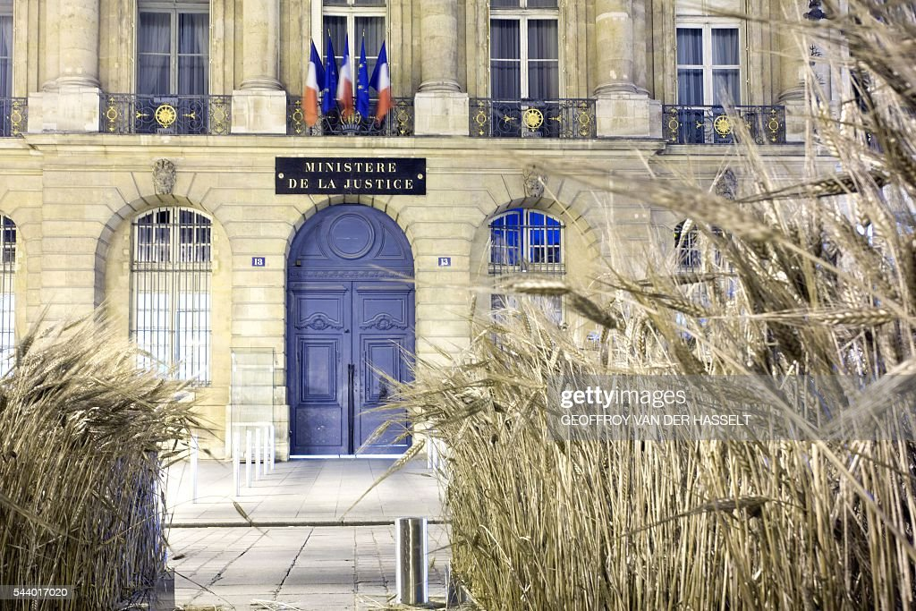 Gad Weils installation on Place Vendome is seen at night in Paris on June 30, 2016. / AFP / GEOFFROY