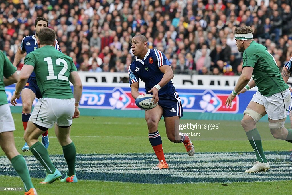 Gael Fickou of France during the RBS 6 Nations match between France and Ireland at Stade de France on march 15, 2014 in Paris, France.