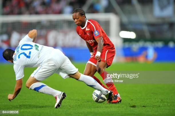 Gaetan BONG / Romain HAMOUMA Valenciennes / Caen 8e journee Ligue 1 Photo Dave Winter / Icon Sport