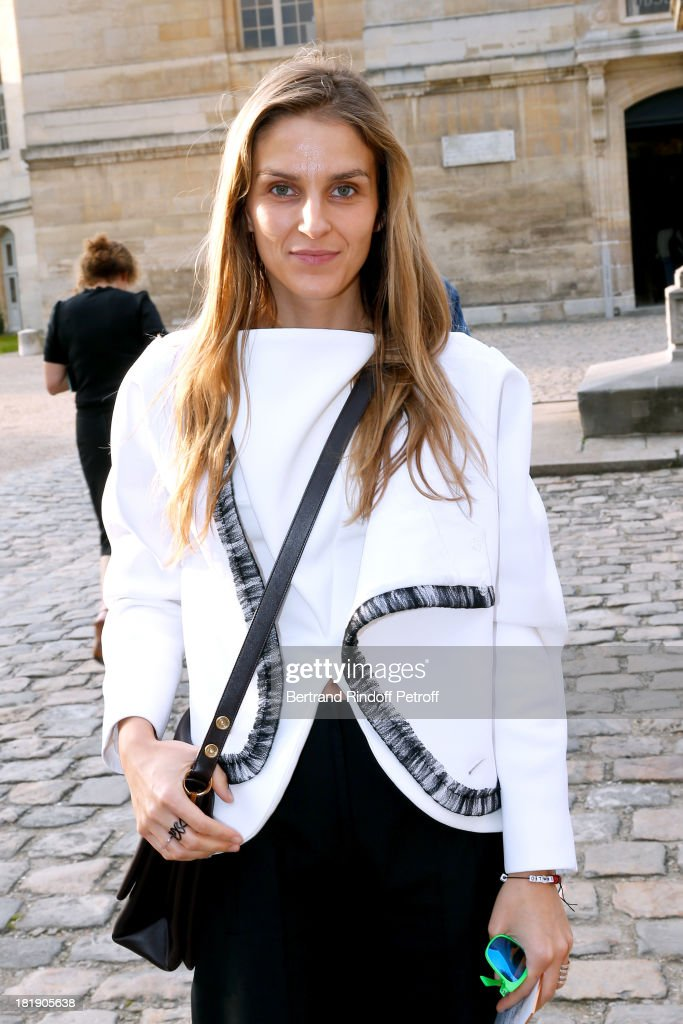 <a gi-track='captionPersonalityLinkClicked' href=/galleries/search?phrase=Gaia+Repossi&family=editorial&specificpeople=4496699 ng-click='$event.stopPropagation()'>Gaia Repossi</a> arriving at Balenciaga show as part of the Paris Fashion Week Womenswear Spring/Summer 2014, held at Paris Observatory on September 26, 2013 in Paris, France.