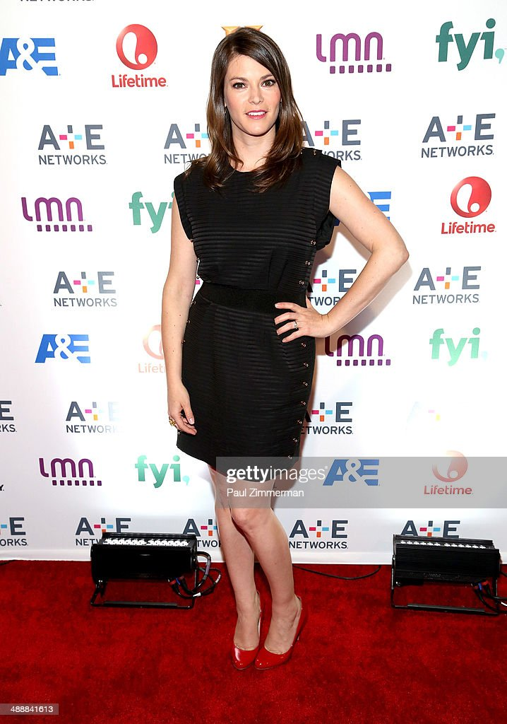 <a gi-track='captionPersonalityLinkClicked' href=/galleries/search?phrase=Gail+Simmons&family=editorial&specificpeople=4337508 ng-click='$event.stopPropagation()'>Gail Simmons</a> attends the 2014 A+E Networks Upfront at Park Avenue Armory on May 8, 2014 in New York City.