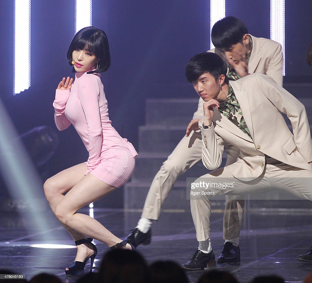 Gain of <a gi-track='captionPersonalityLinkClicked' href=/galleries/search?phrase=Brown+Eyed+Girls&family=editorial&specificpeople=6492749 ng-click='$event.stopPropagation()'>Brown Eyed Girls</a> performs onstage during the Mnet 'M Count Down' at CJ E&M Center on February 27, 2014 in Seoul, South Korea.