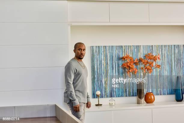 LIVE 'Gal Gadot' Episode 1727 Pictured Chris Redd as Kanye West during 'ENews'