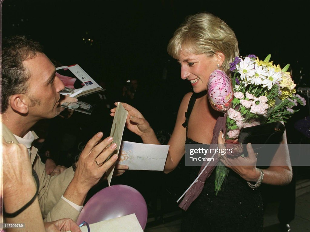 A Gala Evening To Celebrate The Tate Gallery's Centenary In London. Diana, Princess Of Wales, Receiving Gifts And Flowers On Her 36th Birthday On 1st July 1997 From Members Of The Crowd. On July 1st Diana, Princess Of Wales would have celebrated her 50th Birthday Please refer to the following profile on Getty Images Archival for further imagery. //www.gettyimages.co.uk/Search/Search.aspx?EventId=107811125&EditorialProduct=Archival //www.gettyimages.co.uk/Account/MediaBin/LightboxDetail.aspx?Id=17267941&MediaBinUserId=5317233 Following Diana's Death: //www.gettyimages.co.uk/Account/MediaBin/LightboxDetail.aspx?Id=18894787&MediaBinUserId=5317233 //www.gettyimages.co.uk/Account/MediaBin/LightboxDetail.aspx?Id=18253159&MediaBinUserId=5317233