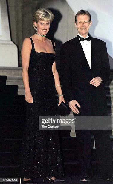 Gala Evening To Celebrate The Tate Gallery's Centenary In London Diana Princess Of Wales Wearing A Long Black Evening Dress Designed By Jacques...