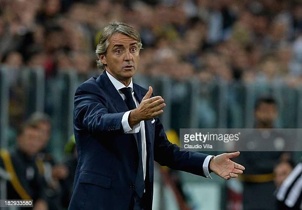 Galatasaray AS coach Roberto Mancini reacts during UEFA Champions League Group B match between Juventus and Galatasaray AS at Juventus Arena on...