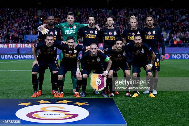 Galatasaray AS line up prior to start the UEFA Champions League Group C match between Club Atletico de Madrid and Galatasaray AS at Estadio Vicente...