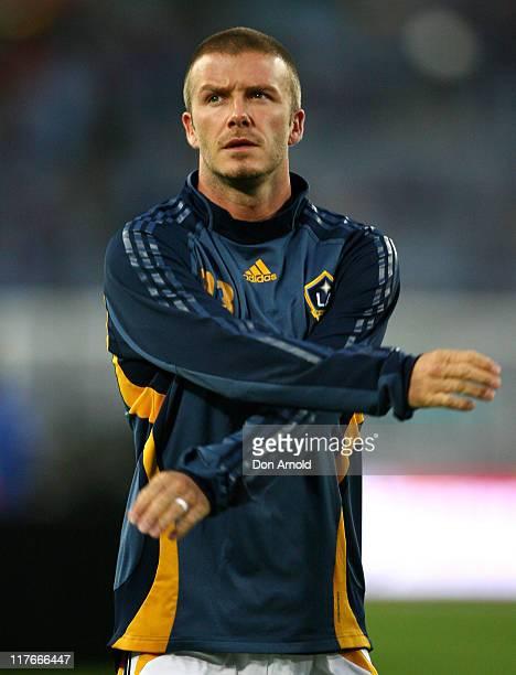 LA Galaxy player David Beckham warms up before the Hyundai Club Challenge match between Sydney FC and the LA Galaxy at Telstra Stadium on November 27...