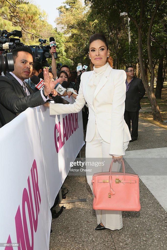 <a gi-track='captionPersonalityLinkClicked' href=/galleries/search?phrase=Galilea+Montijo&family=editorial&specificpeople=2902793 ng-click='$event.stopPropagation()'>Galilea Montijo</a> attends the Glamour Magazine México Beauty Awards 2013 at Museo Rufino Tamayo on February 13, 2014 in Mexico City, Mexico.