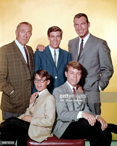 SONS Gallery Season 5 1965 Fred MacMurray stars as widowed aeronautical engineer Steve Douglas raising his three sons with the help of William...