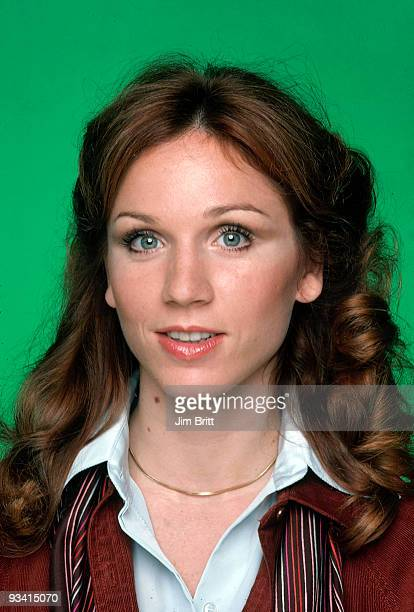 TAXI Gallery Season One 9/12/78 Marilu Henner on the ABC Television Network comedy 'Taxi' The staff of a New York City taxicab company go about their...