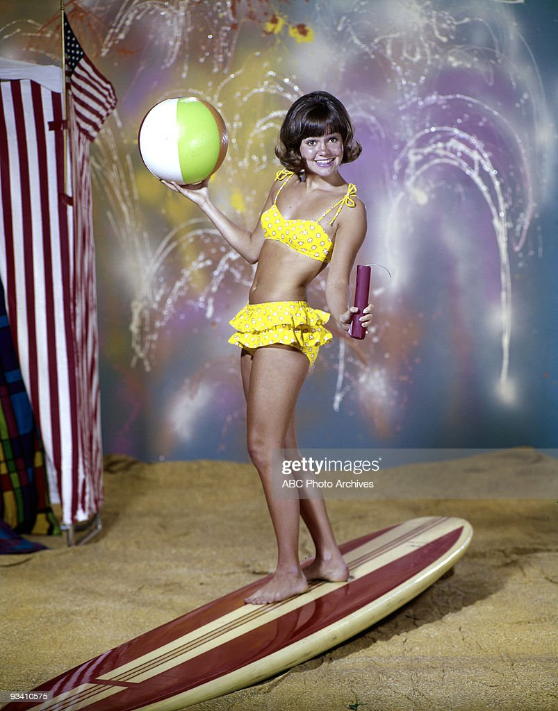 GIDGET gallery Season One 9/15/65 Sally Field