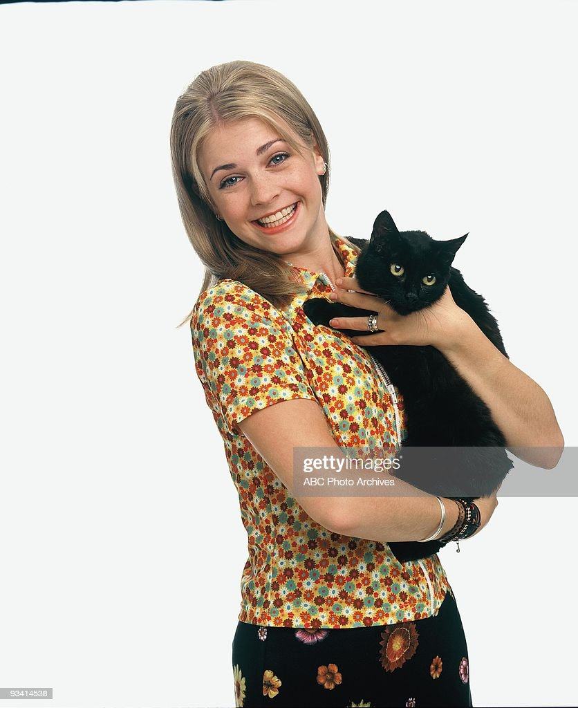WITCH - gallery - Season One - 9/27/96, Sabrina (Melissa Joan Hart) was a perfectly normal 16-year-old witch who constantly wreaks havoc while trying to keep her powers secret to live a normal, teenage life.,