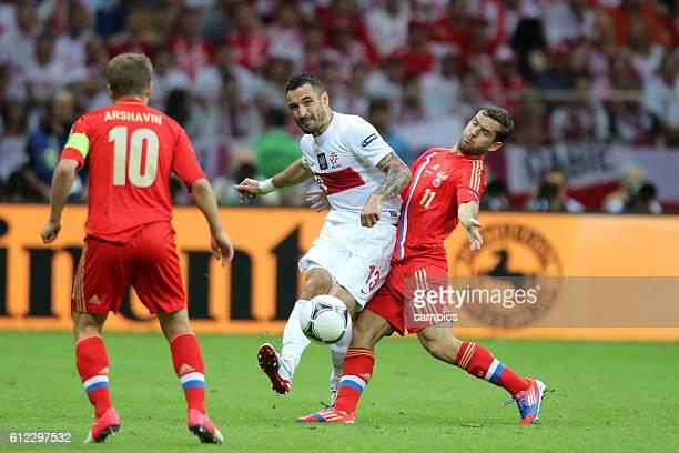 Marcin Wasilewski Polen Poland gegen Alexander Aleksandr Kerschkov Kerzhakov Russland Russia Vorrunde Spiel 10 Gruppe Gruppe A Polen Russland 11 Game...