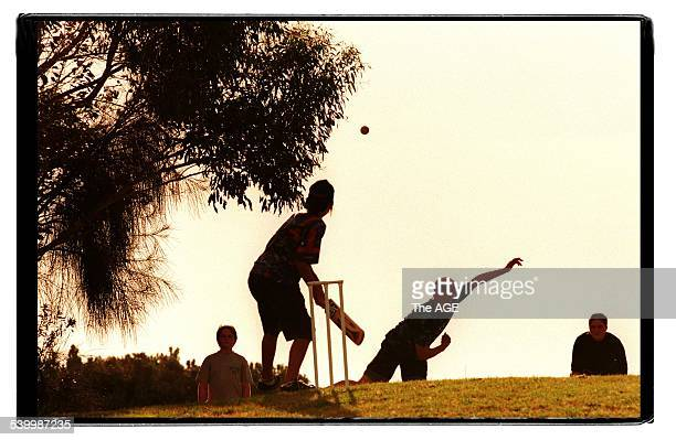 A game of backyard cricket at Elwood Beach Melbourne 20 December 1998 THE AGE SPORT Picture by VINCE CALIGIURI