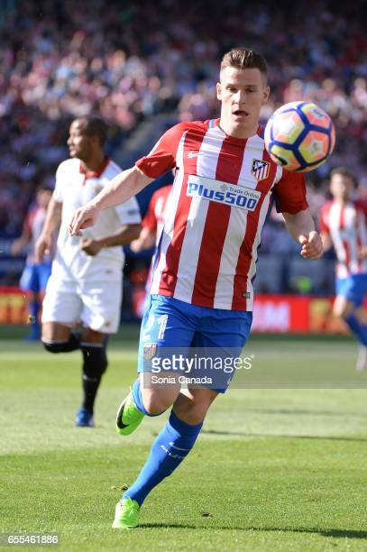 Gameiro #21 of Atletico de Madrid during The La Liga match between Atletico Madrid v Valencia FC at Vicente Calderon on March 19 2017 in Madrid Spain