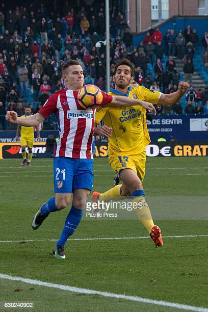 Gameiro try to control the ball over the pressure of Bigas Atletico de Madrid won by 1 to 0 over Las Palmas with a great goal by Saúl Ñiguez