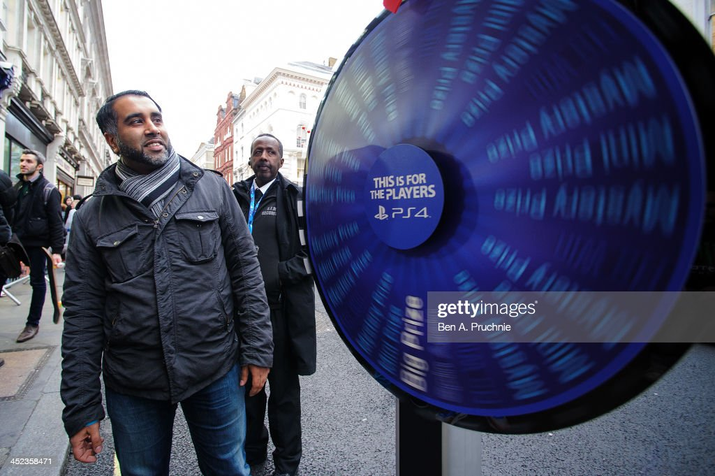 Gamers queue in Covent Garden ahead of the launch of the Playstation 4 on November 28, 2013 in London, England.