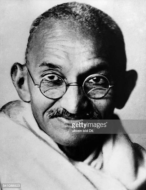 Gandhi Mahatma *02101869Politiker IndienFuehrer der indischen Unabhaengigkeitsbewegung Portrait undatiert
