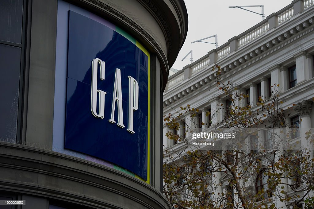 gap inc Us clothing retailer gap is the latest company to apologize to china for failing to reflect beijing's territorial claims - on a map shown on a t-shirt for sale in north america.