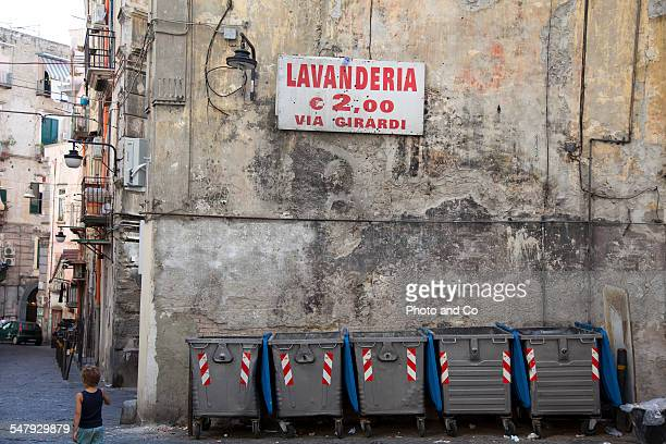 garbage in the streets of Naples