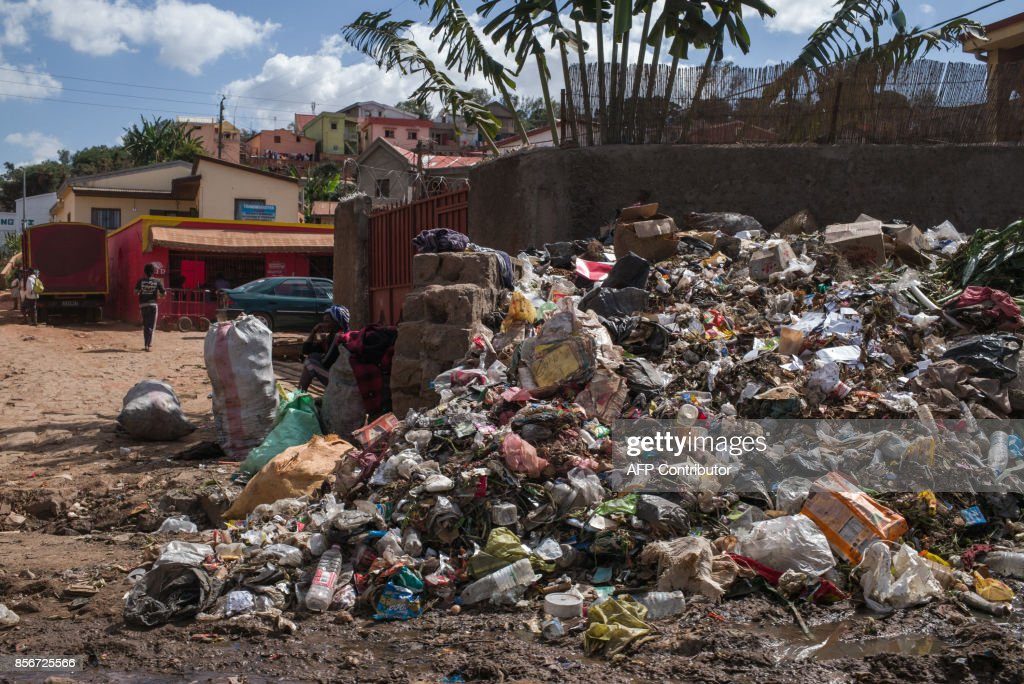 A garbage mound is pictured in the Andraisoro district of Antananarivo on October 2, 2017. /