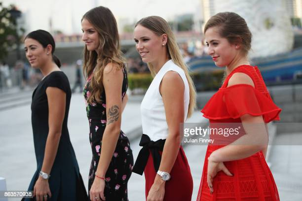 Garbine Muguruza of Spain Karolina Pliskova of Czech Republic Caroline Wozniacki of Denmark and Jelena Ostapenko of Latvia pose prior to the BNP...
