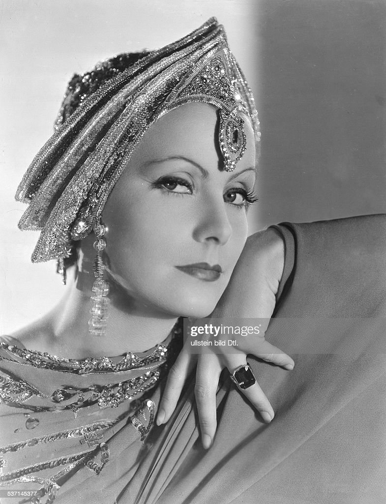 Garbo Greta Actress Sweden in the film 'Mata Hari' Directed by George Fitzmaurice USA 1931 Film Production MetroGoldwynMayer