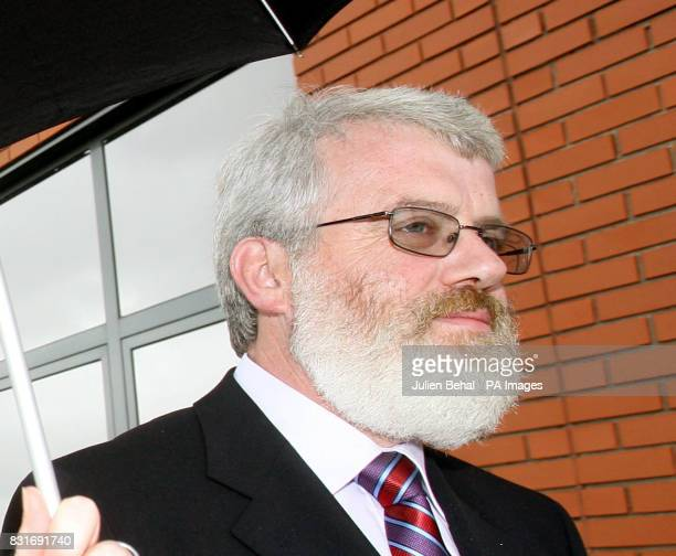 Garda John Dooley outside the Morris Tribunal in Dublin Tuesday March 28 2006 A mother of three today refused to accept an apology from Garda...