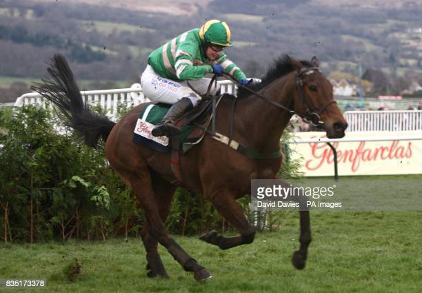 Garde Champetre ridden by Nina Carberry in action during the Glenfarclas Handicap Chase