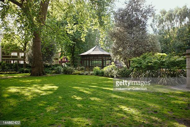 Garden with Conservatory London