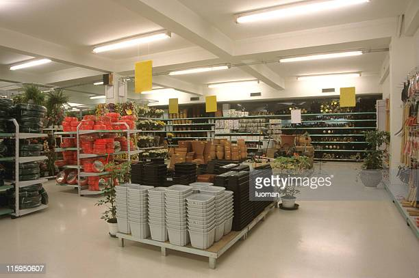 section jardin dans un supermarché
