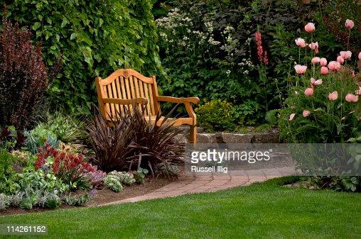 Gardren Bench : Stock Photo