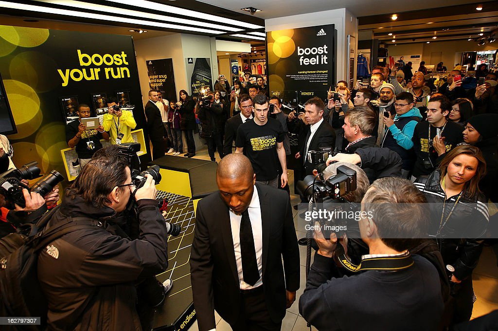 <a gi-track='captionPersonalityLinkClicked' href=/galleries/search?phrase=Gareth+Bale&family=editorial&specificpeople=609290 ng-click='$event.stopPropagation()'>Gareth Bale</a> makes his way to the staging during the adidas boost launch at the adidas store on Oxford Street on February 27, 2013 in London, England.
