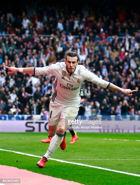 Gareth Bale of Real Madrid CF celebrates scoring their second goal during the La Liga match between Real Madrid CF and RCD Espanyol at Estadio...