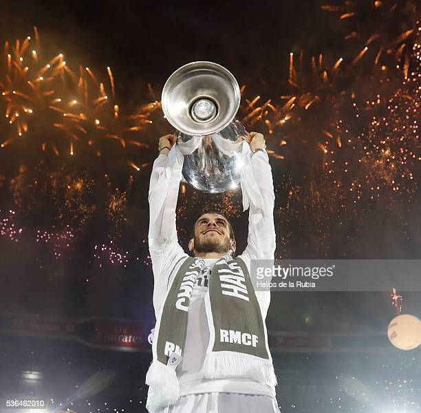 Gareth Bale of Real Madrid CF during Real Madrid CF team celebration at Santiago Bernabeu Stadium the day after winning the UEFA Champions League...