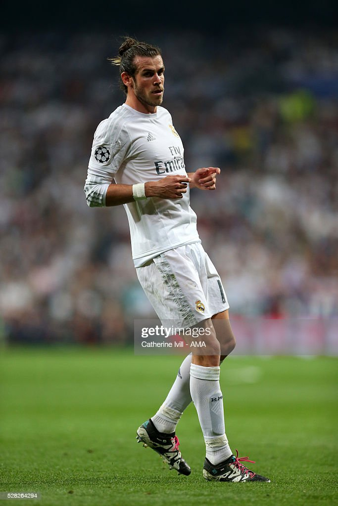 Gareth Bale of Real Madrid during the UEFA Champions League Semi Final second leg match between Real Madrid and Manchester City FC at Estadio Santiago Bernabeu on May 4, 2016 in Madrid, Spain.