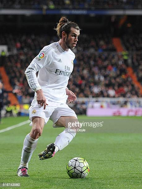 Gareth Bale of Real Madrid in action during the La Liga match between Real Madrid CF and Sevilla FC at Estadio Santiago Bernabeu on March 20 2016 in...