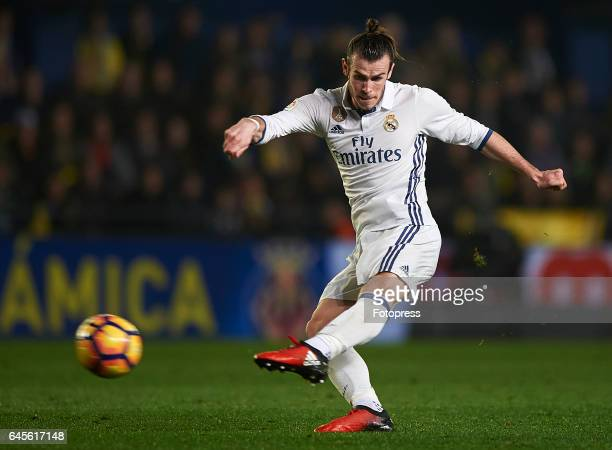 Gareth Bale of Real Madrid in action during the La Liga match between Villarreal CF and Real Madrid at Estadio de la Ceramica on February 26 2017 in...