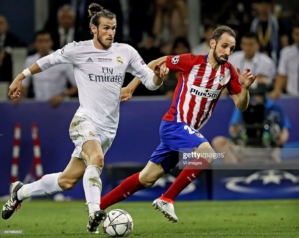 http://media.gettyimages.com/photos/gareth-bale-of-real-madrid-juanfran-of-atletico-madrid-during-the-picture-id537560532