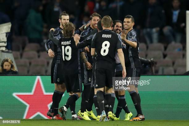 Gareth Bale of Real Madrid Luka Modric of Real Madrid Sergio Ramos of Real Madrid Casemiro of Real Madrid Toni Kroos of Real Madrid Isco of Real...