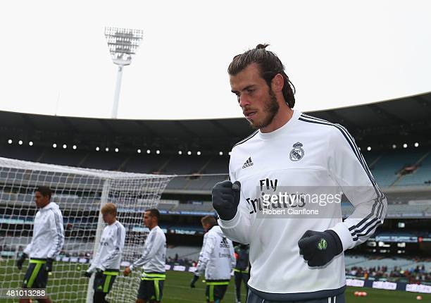 Gareth Bale of Real Madrid warms up during a Real Madrid training session at Melbourne Cricket Ground on July 17 2015 in Melbourne Australia