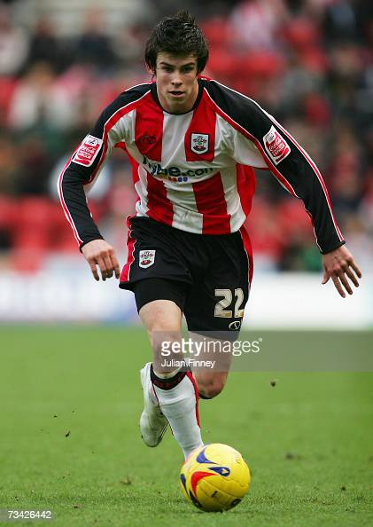 Gareth Bale of Southampton runs with the ball during the CocaCola Championship match between Southampton and Ipswich Town at St Mary's Stadium on...