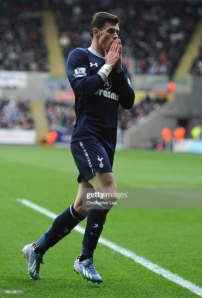 <a gi-track='captionPersonalityLinkClicked' href=/galleries/search?phrase=Gareth+Bale&family=editorial&specificpeople=609290 ng-click='$event.stopPropagation()'>Gareth Bale</a> of Spurs after his shot goes inches wide during the Barclays Premier League match between Swansea City v Tottenham Hotspur at Liberty Stadium on March 30, 2013 in Swansea, Wales.